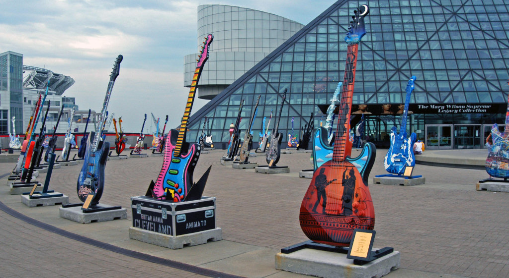 Rock and Roll Hall of Fame in Cleveland Ohio | photo by Andrew Hitchcock